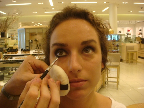 Step 4-line the lower lash